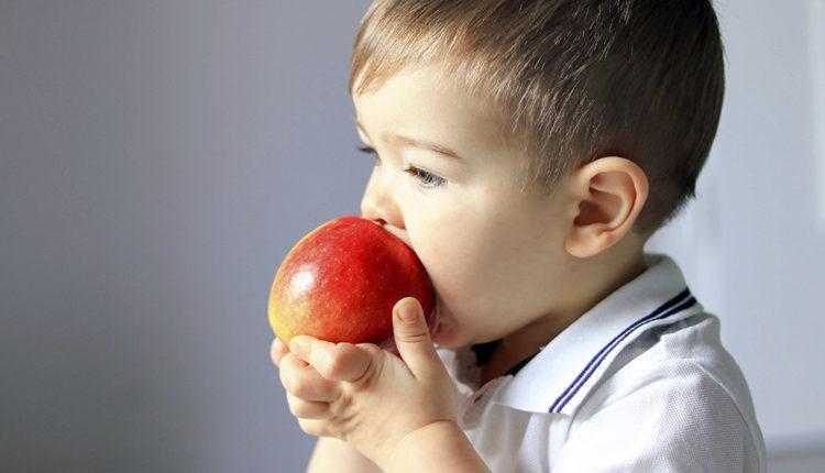 Как укрепить иммунитет маленького ребенка
